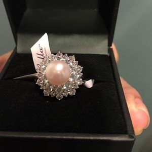Swarovski Zirconia Cultured pearl (8mm) SS Ring